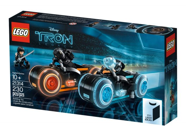 Lego Minifig Camera : Lego ideas 21314 tron legacy unveiled available march 31 [news