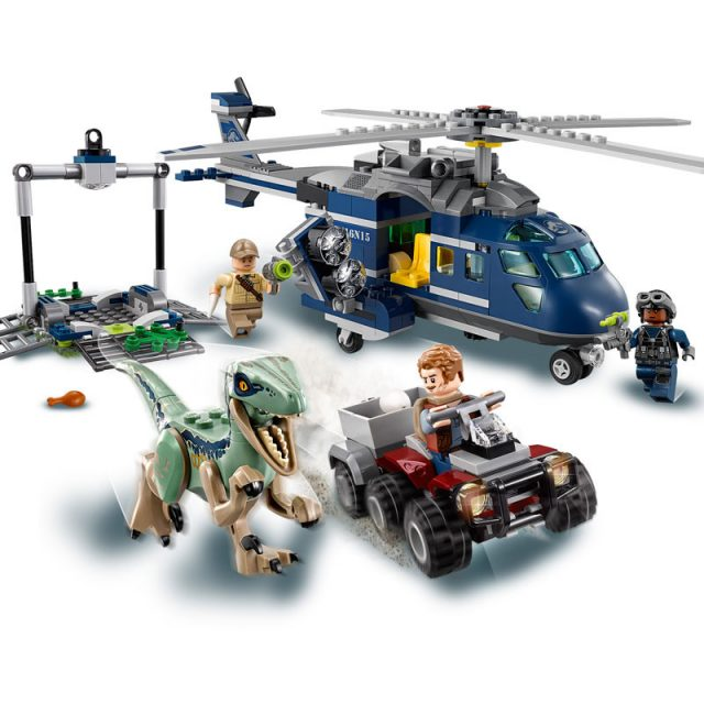 LEGO Jurassic World-75928-Blue's Helicopter Pursuit 3