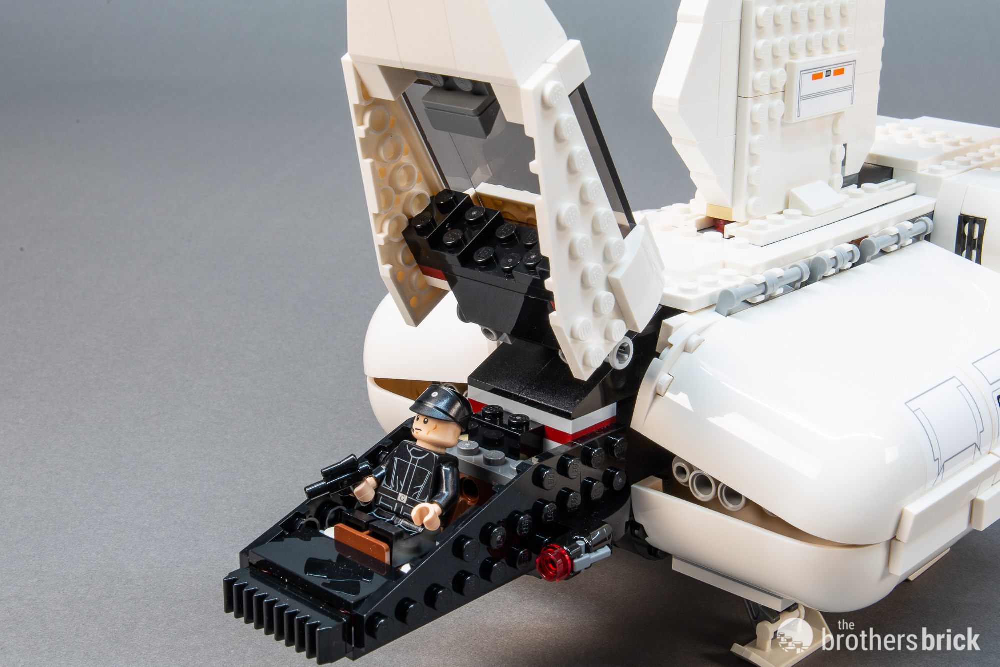 LEGO Star Wars Review 75221 Imperial Landing Craft-14 | The Brothers