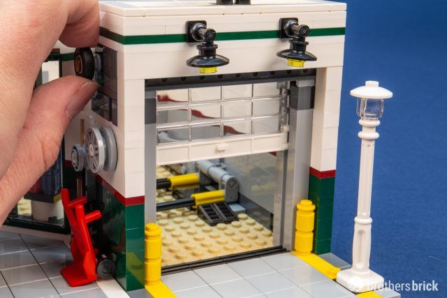 Lego Creator Expert 10264 Corner Garage Review The Brothers