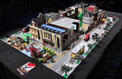 Lowlug town layout at Legoworld