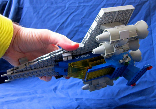 Upside-Down Classic Space Cruiser 826 77