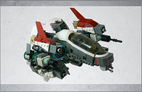 只是另一艘宇宙飞船