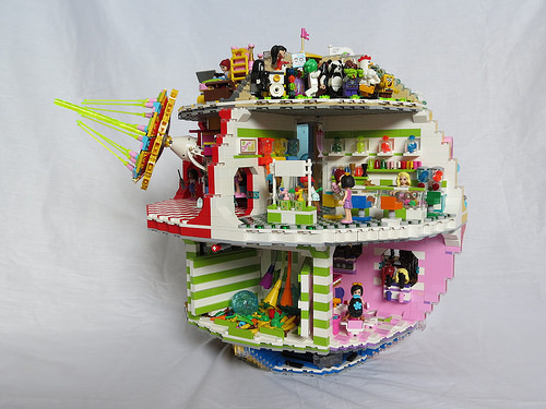 LEGO Death Star remake in the Friends theme | The Brothers
