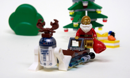 "Santa c3po and his ""R""ein""d""eer"