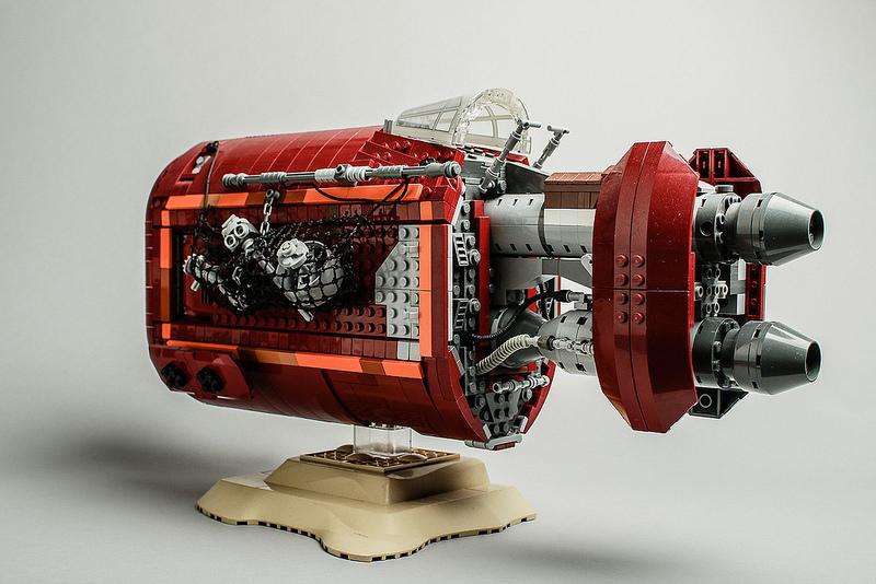 Rey's Speeder (back) by Robert Lundmark