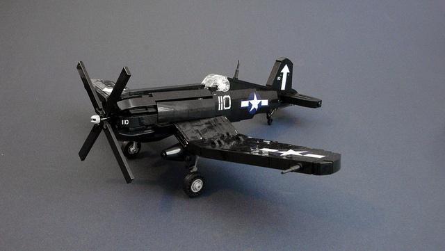 F4U-1D Corsair (2)