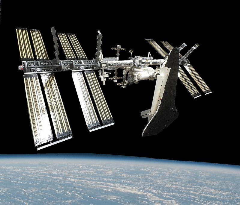 ISS-shuttle 02