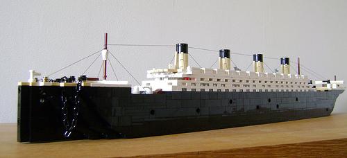 Microscale LEGO RMS Olympic