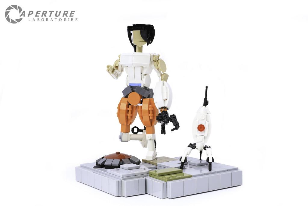 Portal 2 Figurines