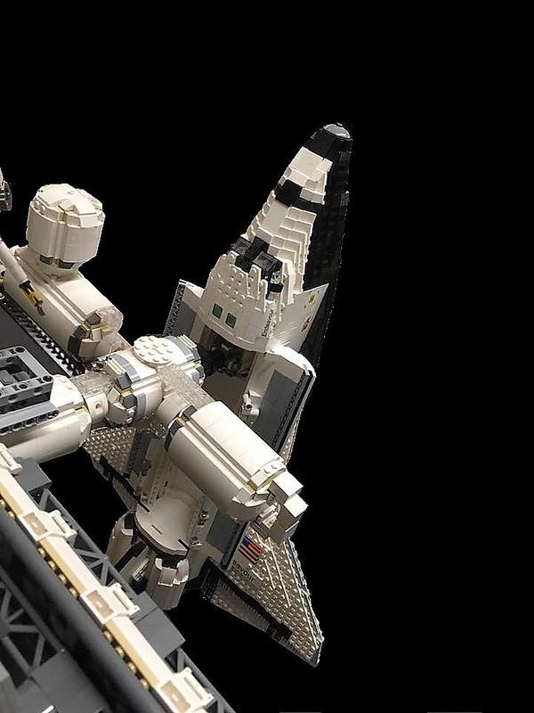 ISS- Shuttle 05