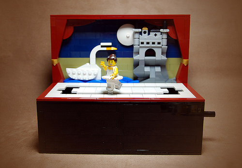 Lego Swan Lake Ballet Music Box / Automaton