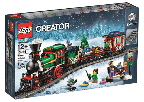 10254 Winter Holiday Train
