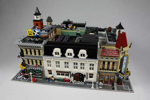 Squash center in Lego