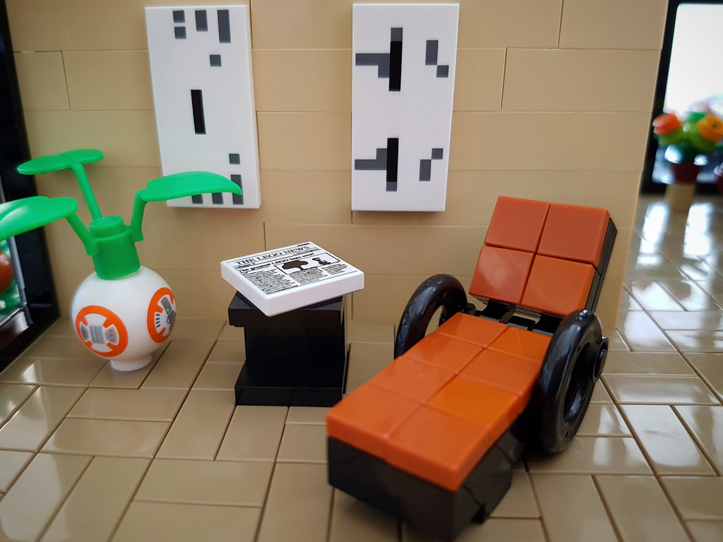 Lilium Eco House MOC. Resting chair.