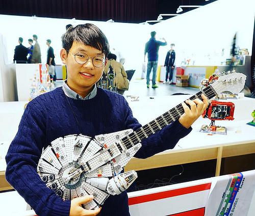 My millennium Falcon Guitar <밀레니엄 팔콘 기타>