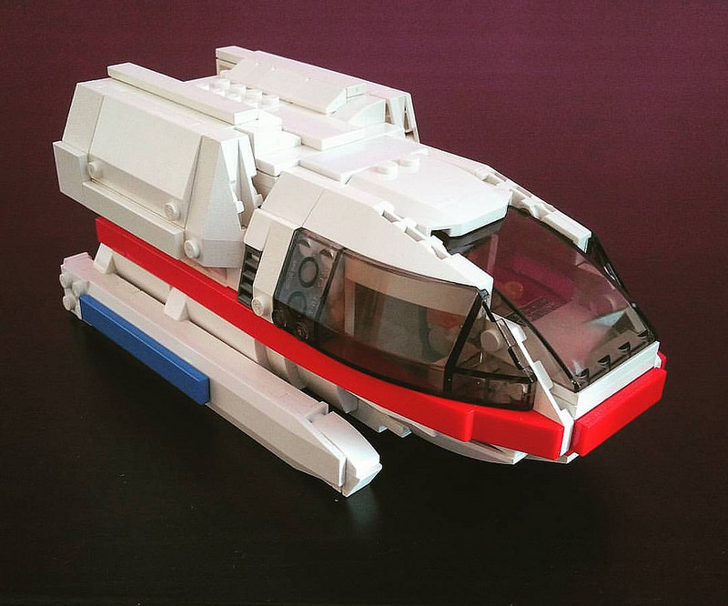 Type 6 shuttlecraft from Star Trek TNG in minifig scale