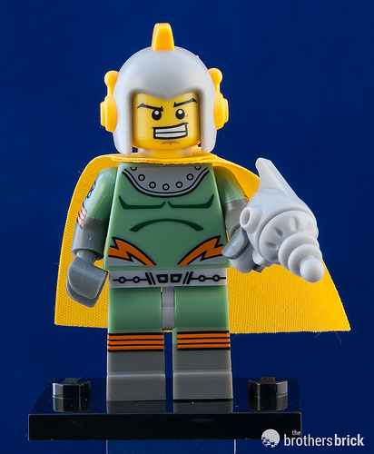 LEGO-MINIFIGURES SERIES X 1 TORSO FOR THE ROMAN GLADIATOR FROM SERIES 17 17