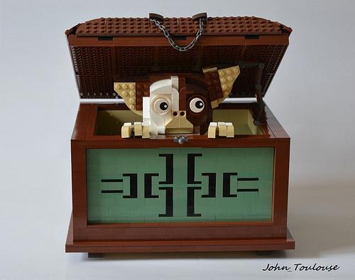 Gizmo Box