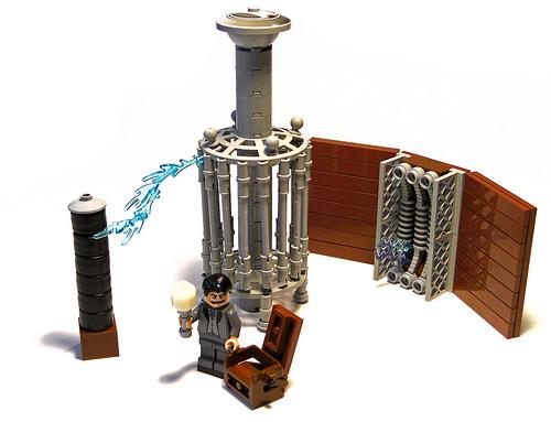 LEGO Nikola Tesla and his Magnifying Transmitter