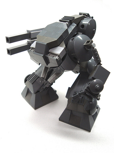 LEGO Pounder mecha