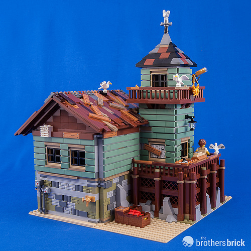 21310 Old Fishing Store