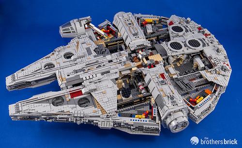 75192 Ultimate Collector Series Millennium Falcon
