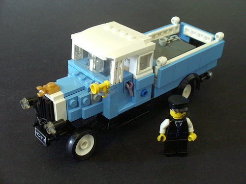 My LEGO 1930s lorry