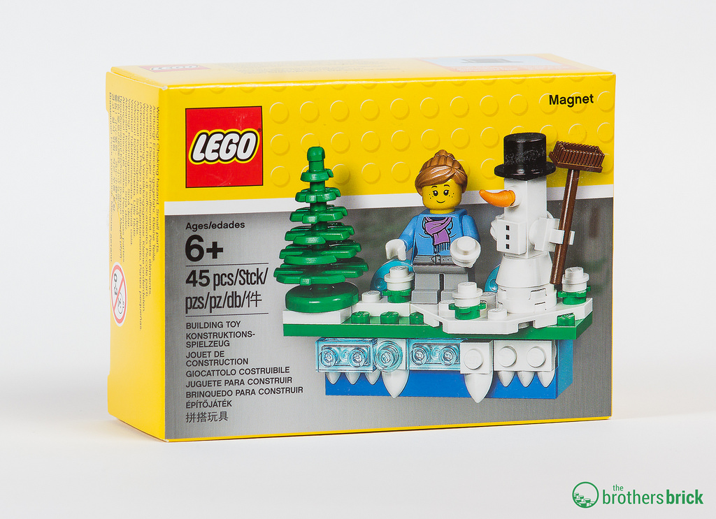 853663 Lego Iconic Holiday Magnet Review The Brothers Brick The Brothers Brick