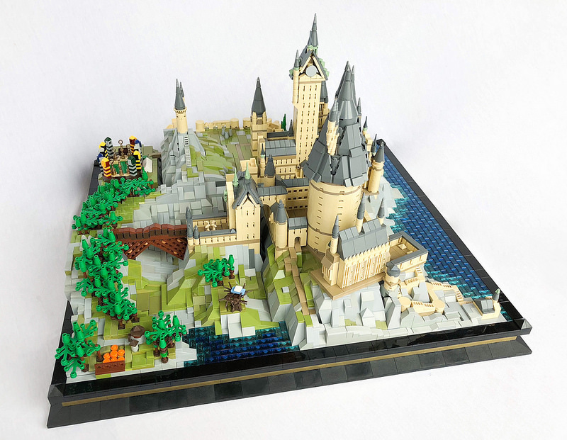 Hogwarts School of Witchcraft and Wizardry-LEGO