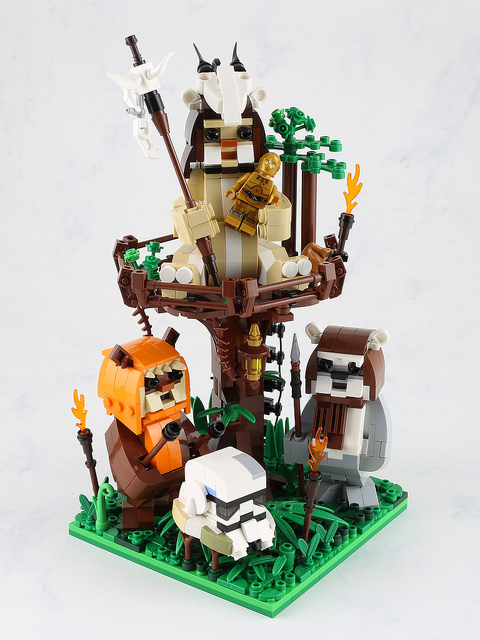 LEGO Endor Ewok Celebration