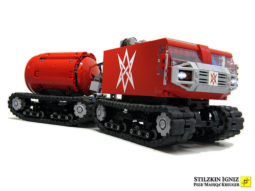 LEGO tracked transport