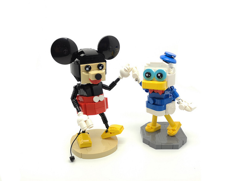 Friends #lego #moc #legophotography #disney #donaldduck #legocreation #mickeymouse