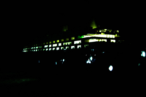 Microscale LEGO RMS Olympic with LEDs