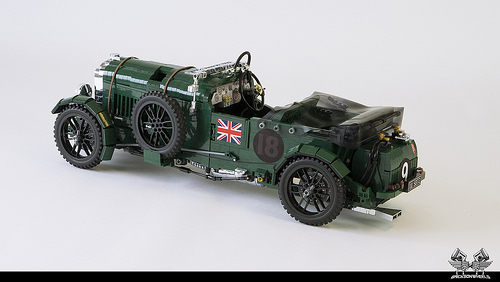 1930 Bentley Blower in Lego 1:8,5 (with back cover)