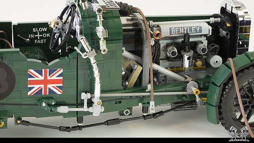 1930 Bentley Blower in Lego 1:8,5 (hood removed)