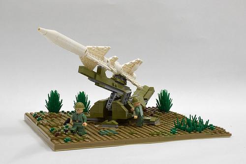 SM-90 launcher diorama (1)