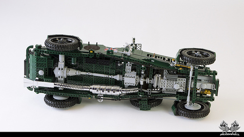 1930 Bentley Blower in Lego 1:8,5 (underside)