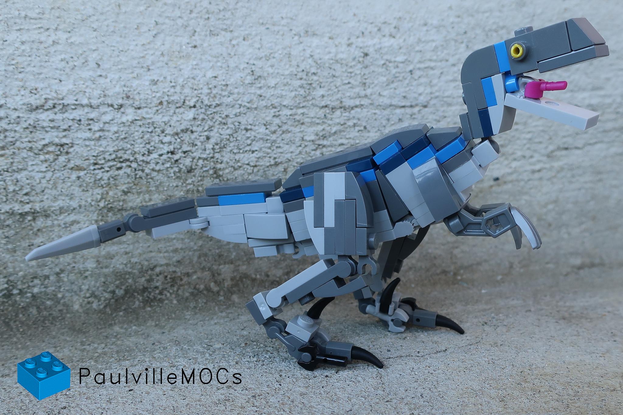 LEGO Jurassic World Blue Velociraptor Left