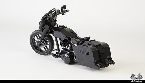 Harley Davidson Street Glide in Lego 1:10