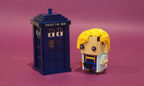 Thirteenth Doctor Brickheadz (w/ instructions!)