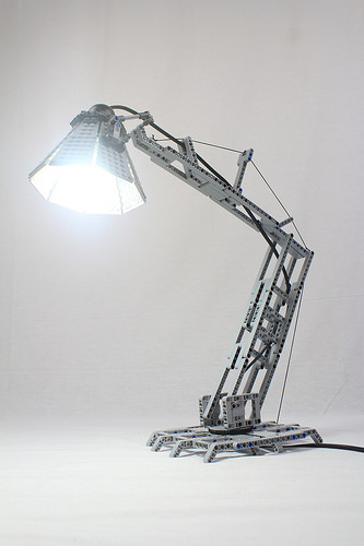 Technic Desk Lamp