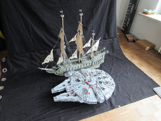 Flying Dutchman VS Millennium Falcon