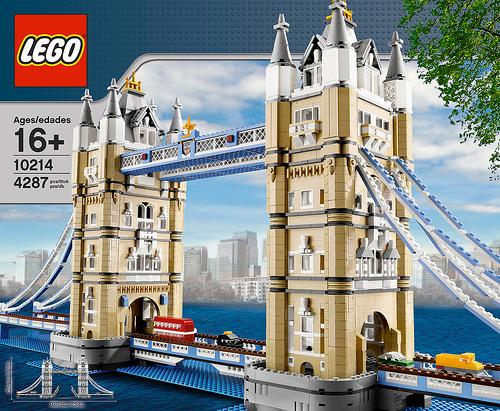 10214 Tower Bridge Unveiled At Brickfair London Bridge With 500 Tan Cheese Slopes News The Brothers Brick The Brothers Brick