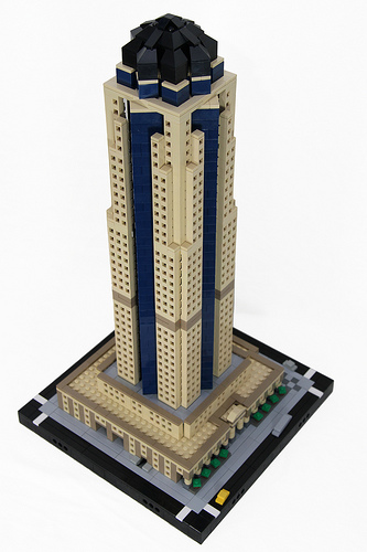801 Grand Ave. - Micro-scale MOC by Chris Hettinger