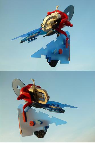 VV trident  a,b
