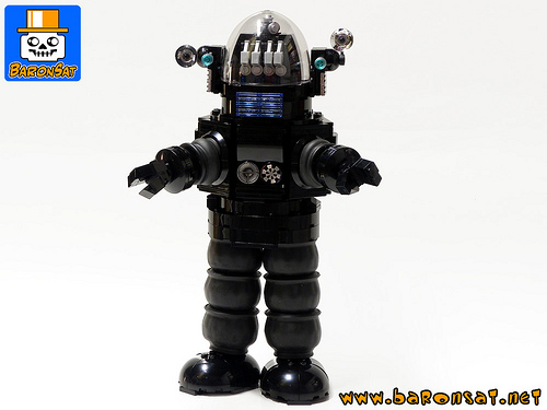 ROBBY-THE-ROBOT