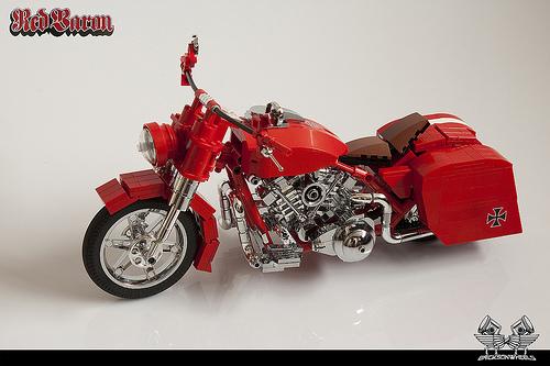 Harley Davidson FLH 'Red Baron'