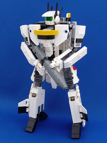 VF-1S Valkyrie Skull Leader Battroid Mode