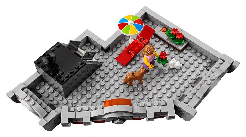 lego modular building /></p> <p><img class=